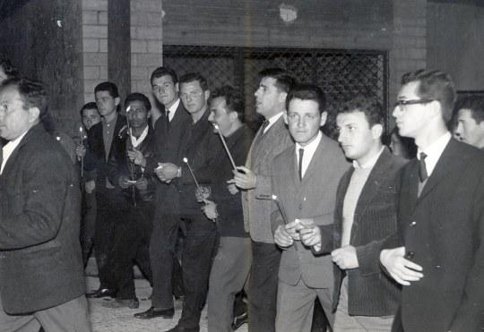 ΦΙΛΙΑΤΕΣ ΕΠΙΤΑΦ. 1966